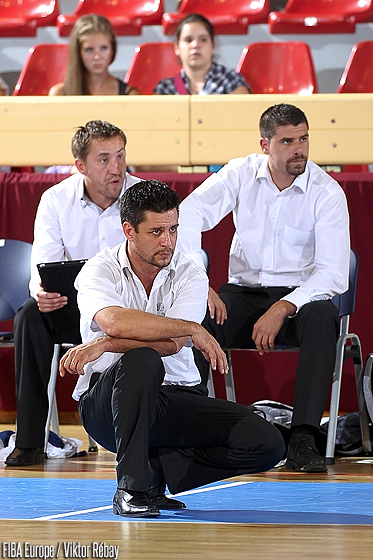 France head coach Arnaud Guppillotte and assistant coaches Julien Egloff and Arnaud Brogniet