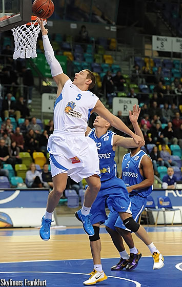 5. Dominik Bahiense de Mello (D. Bank Skyliners)