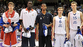 6. Radovan Kouril (Czech Republic), 15. Martin Peterka (Czech Republic), 8. Mario Hezonja (Croatia)