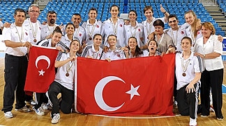 Turkey clinch a historic bronze medal at the U20 European Championship Women 2012