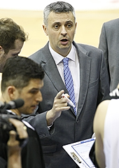 Szolnoki Olaj KK head coach Dragan Aleksic (2013-14 season)